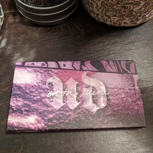 On the Run eyeshadow palette